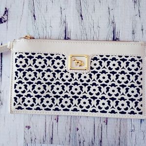 ⭐White Ivory/Leather/Emma Fox/Clutch/Wristlet